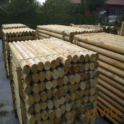 Postes de madera para vinedos y huertas lavid es - Postes de madera ...